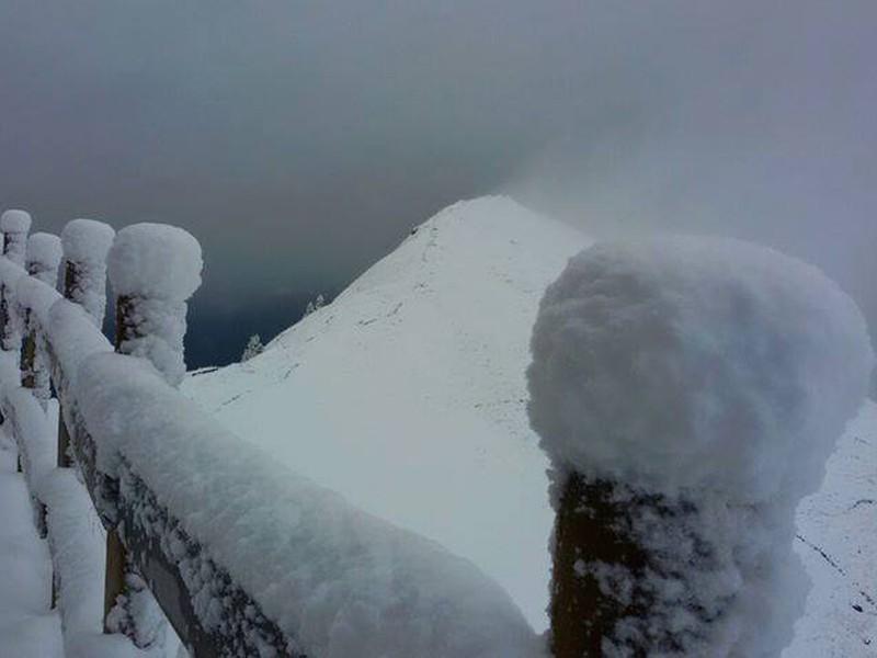e7a973024 بالصور: جبال الألب تودع فصل الصيف بنصف متر من الثلوج | طقس العرب